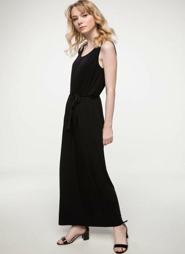 DeFacto Büzgü Detaylı Kolsuz Uzun Elbise Siyah